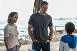 Promotional Photos of Hawaii Five-0 episode A Stranger Only